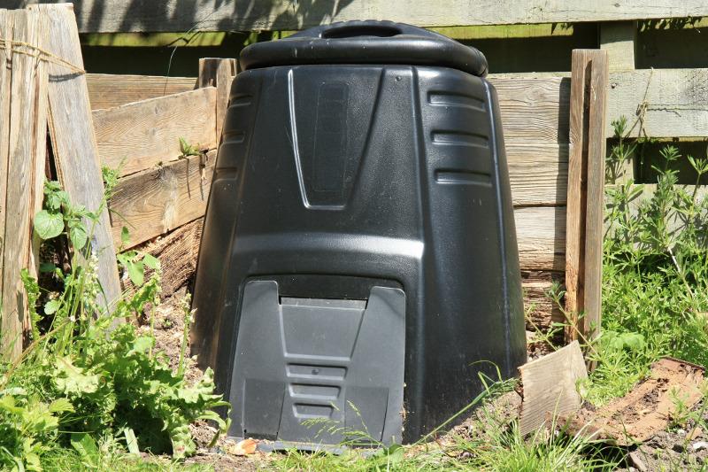 Komposter kaufen und aufstellen